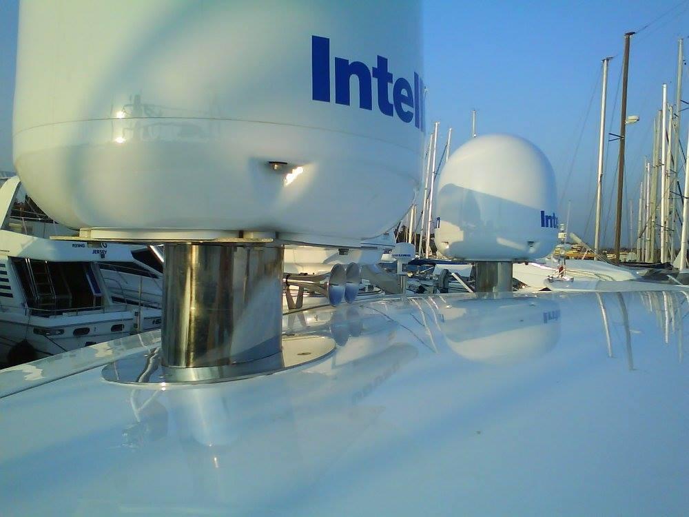 Inox nosaci radara / satelitskih antena, Punta Nobis, Umag, Istra